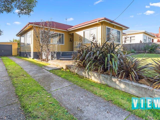 32 Hilltop Avenue, Devonport, Tas 7310