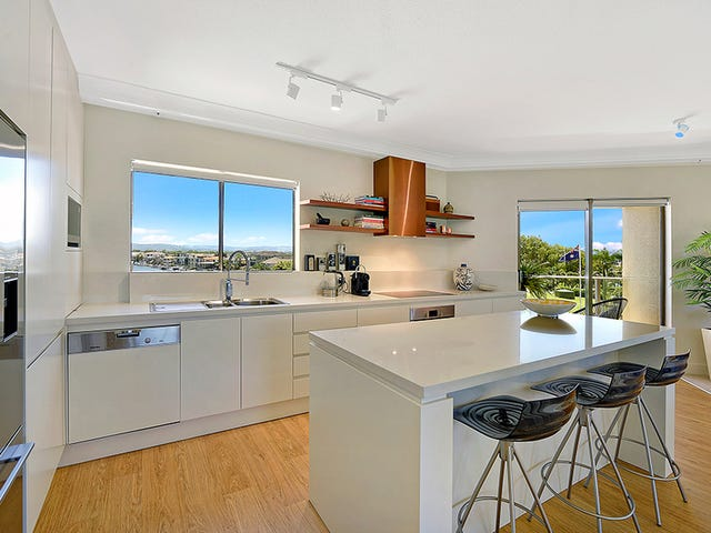 12/2 Admiralty Drive, Paradise Waters, Qld 4217