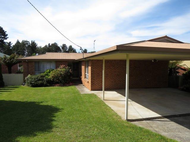 22 Lawrence Drive, Devonport, Tas 7310