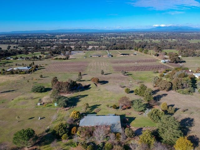 Glenrowan, address available on request