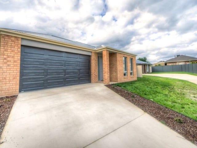 16 Bevington Bend, Lavington, NSW 2641