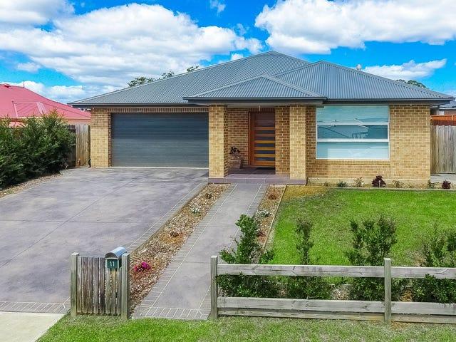 11 Sutton Cresent, Wilton, NSW 2571