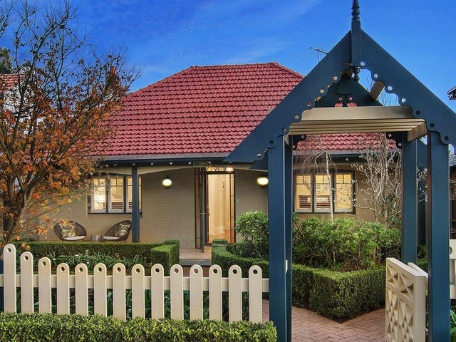 10 Rhodes Avenue, Naremburn, NSW 2065