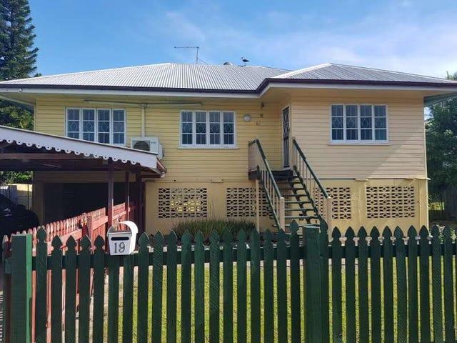 19 Chaplain Street, Manunda, Qld 4870