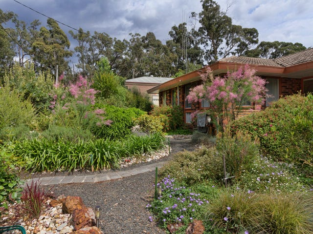 3 Kathryn Crecent, Woodend, Vic 3442