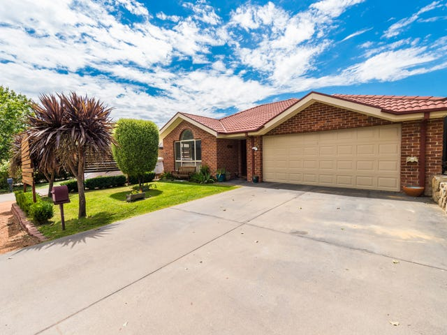 10 Betty Maloney Crescent, Banks, ACT 2906