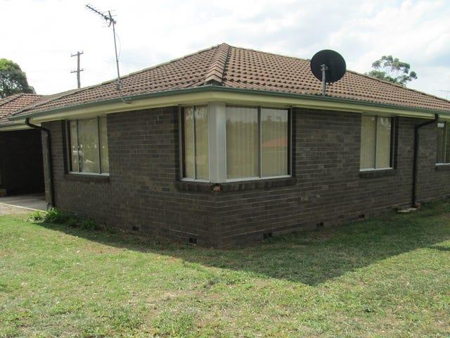 2/17 Cowper St, Picton, NSW 2571