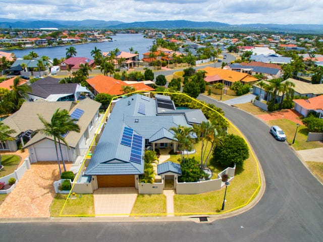 1 Curacao Place, Clear Island Waters, Qld 4226