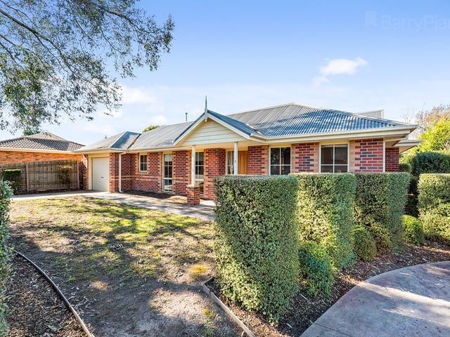 1/13 Maple Street, Bayswater, Vic 3153