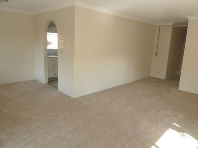 3/14 Albert Street, Hornsby, NSW 2077