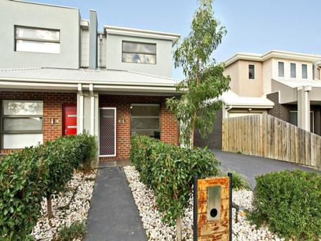 2/24 Laurie St, Newport, Vic 3015