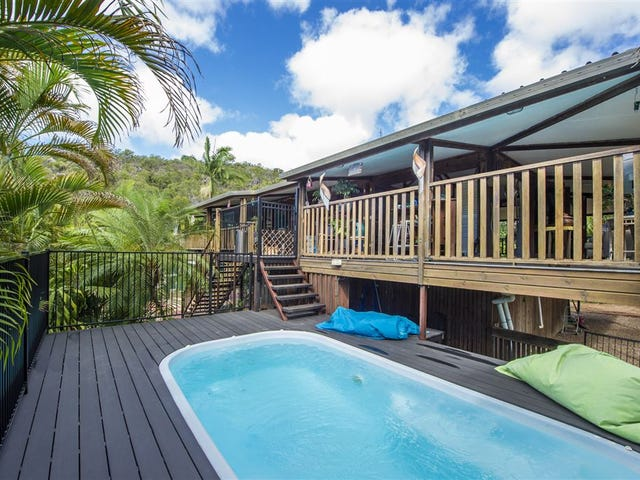 8 Sooning Street, Nelly Bay, Qld 4819