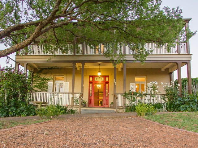 57 Edwards Street, Young, NSW 2594