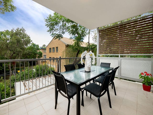 2/26 Lambert Road, Indooroopilly, Qld 4068