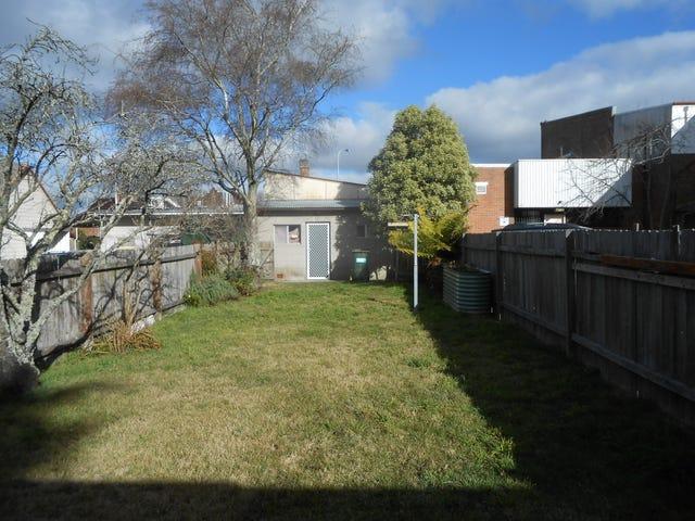 1/30 Govetts Leap Rd, Blackheath, NSW 2785