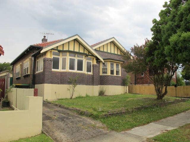 13 Warbuton Pde, Earlwood, NSW 2206