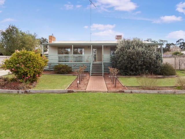 7 Brucewater  Court, Broadford, Vic 3658