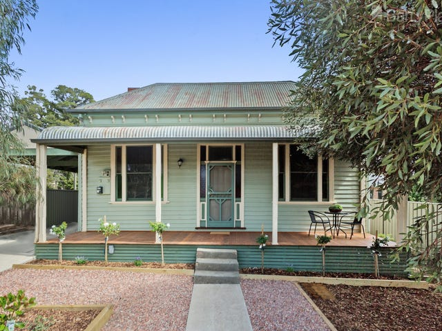 22 MacDougall Road, Golden Square, Vic 3555