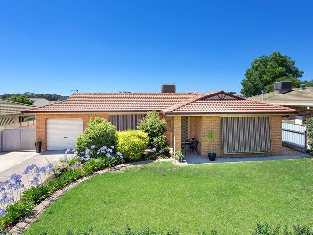 64 Dalman Parkway, Glenfield Park, NSW 2650