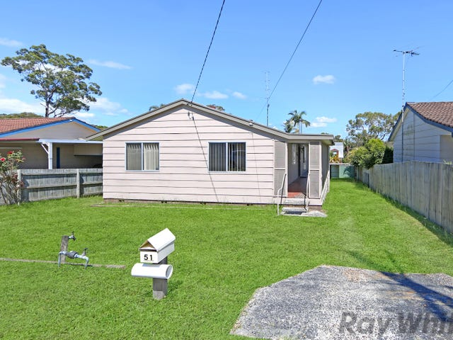 51 Leumeah Avenue, Chain Valley Bay, NSW 2259