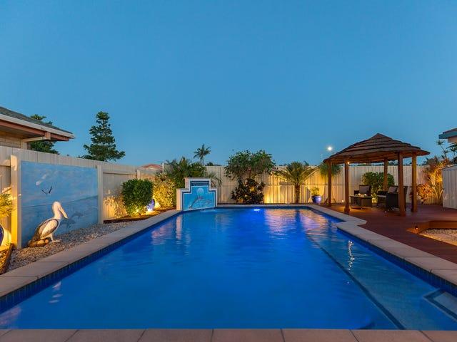 2 Headsail Drive, Banksia Beach, Qld 4507