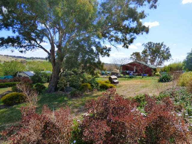 1 Bailes Cresent, Young, NSW 2594