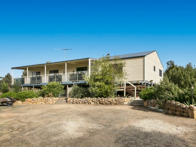 66 Hall Road, Heathcote, Vic 3523