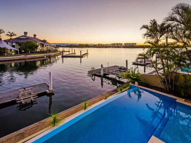 12 King James Court, Sovereign Islands, Qld 4216