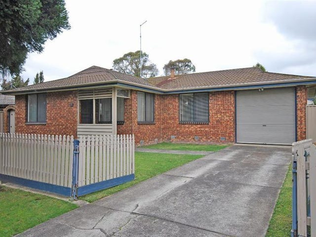 5 Malbec Drive, Mount Clear, Vic 3350