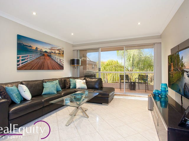 9/2 Mead Drive, Chipping Norton, NSW 2170