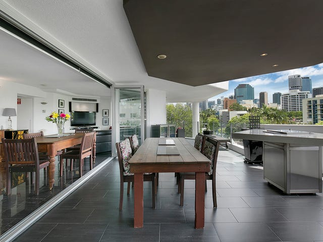 201/1 O'Connell Street, Kangaroo Point, Qld 4169