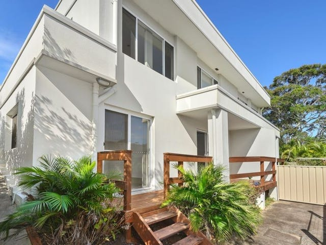 4/129 Pacific Drive, Port Macquarie, NSW 2444