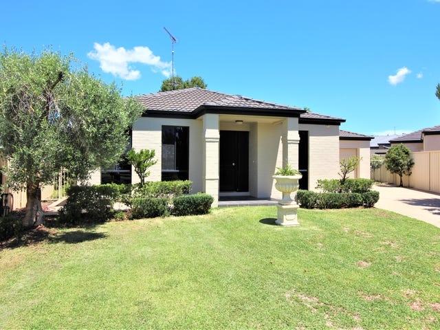 18 Pauling Street, Griffith, NSW 2680