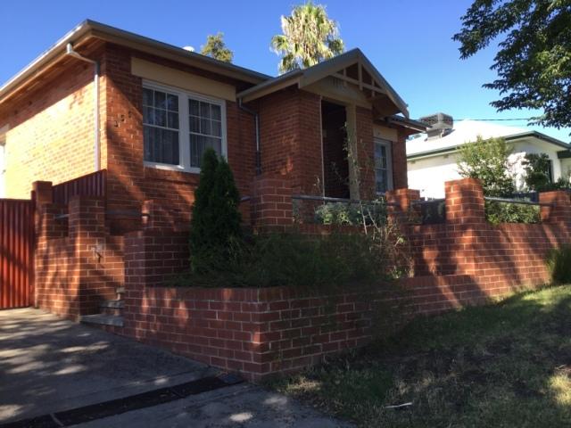 355 Amatex Street, Albury, NSW 2640