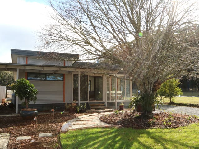 105 Blue Mount Road, Trentham, Vic 3458
