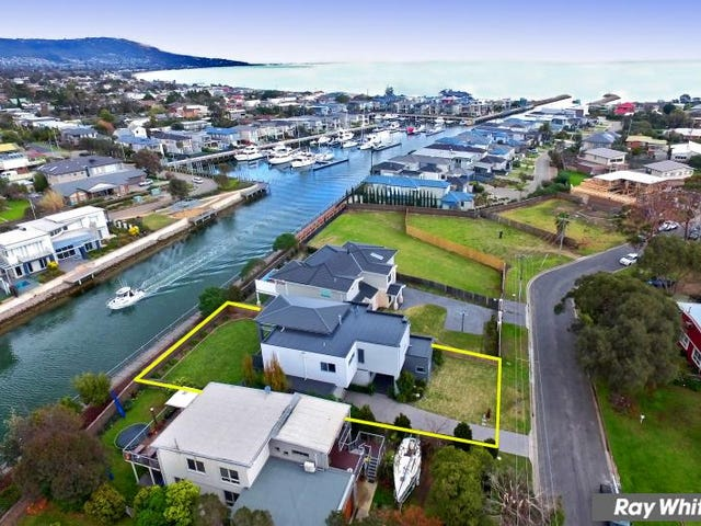 24 Thurloo Drive, Safety Beach, Vic 3936