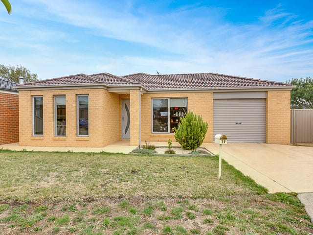 19 Central Park Court, Ballan, Vic 3342