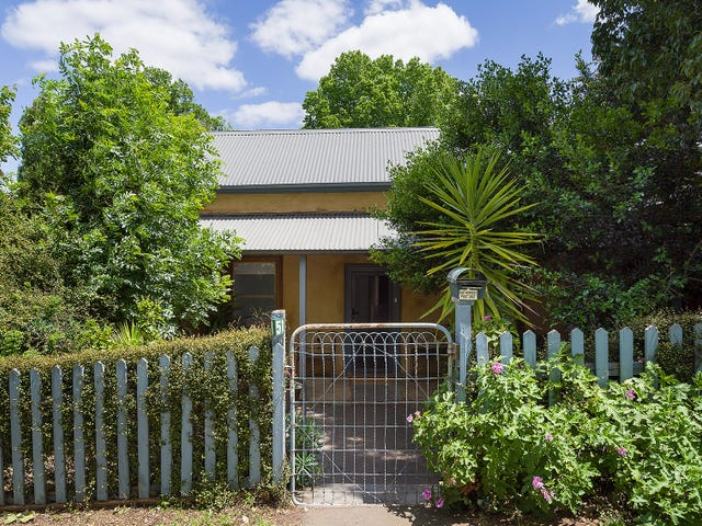 51 Hargraves Street, Castlemaine, Vic 3450