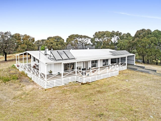 106 Milhaven Lane, Heathcote, Vic 3523