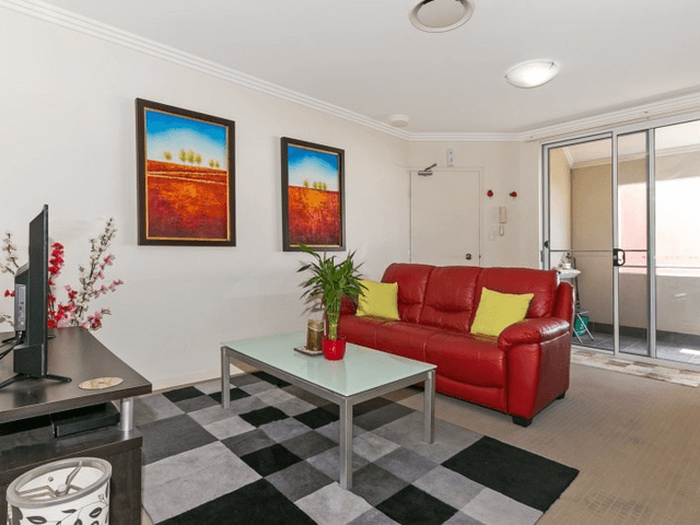 24/6-10 Rose Street, Southport, Qld 4215