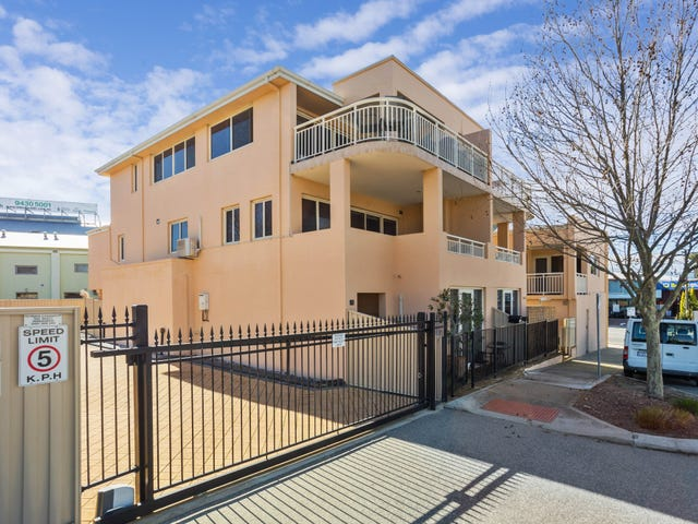 3/2 Norman street, Fremantle, WA 6160