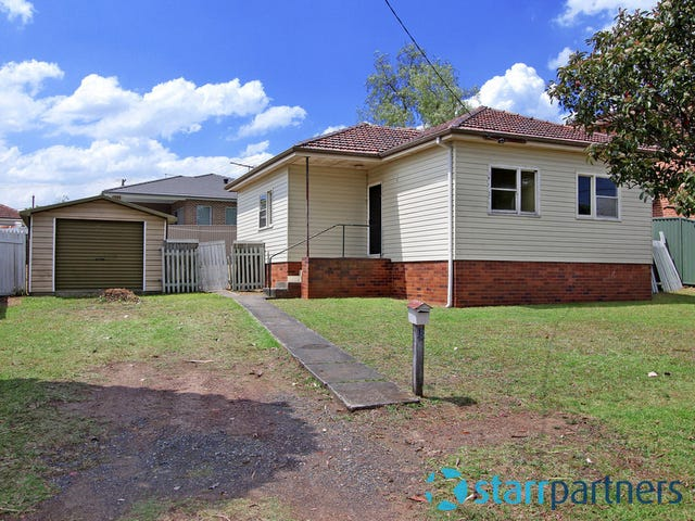 13 Lewis Street, South Wentworthville, NSW 2145