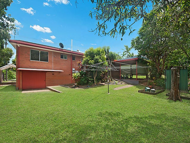17 Blackall Range Road, Woombye, Qld 4559