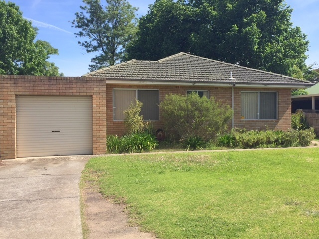 1/60 Thirlmere Way, Tahmoor, NSW 2573