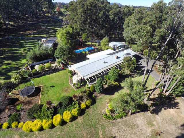23 Janson Road, Brown Hill, Vic 3350