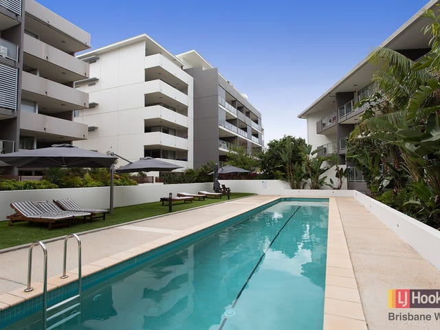 18/95 Clarence Road, Indooroopilly, Qld 4068