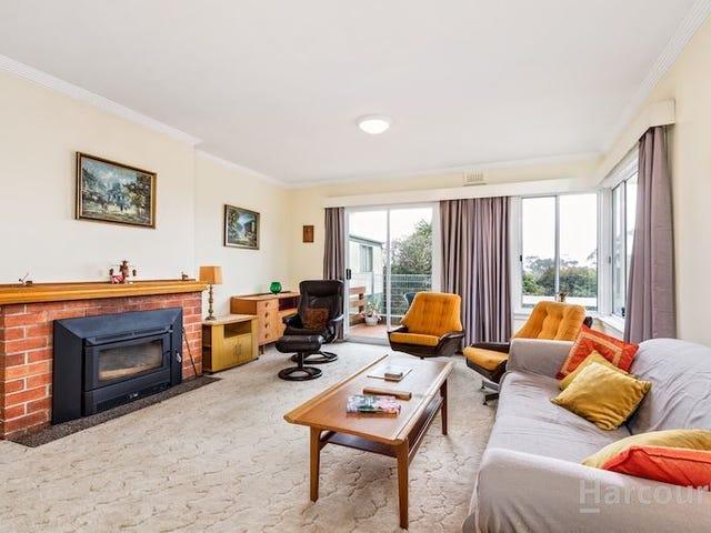 14 West Park Grove, Parklands, Tas 7320