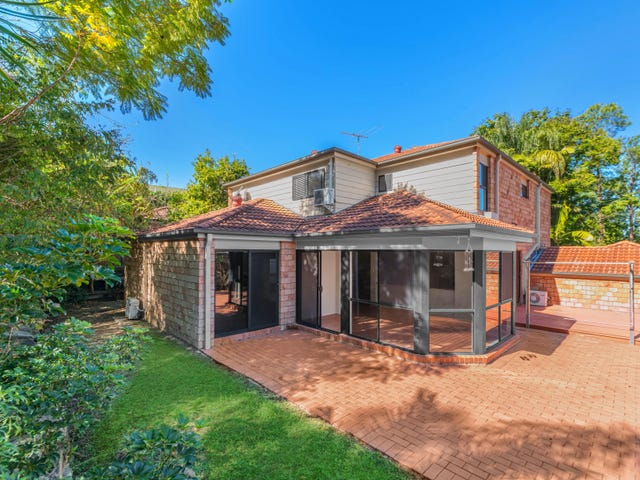 32 Parkway Place, Kenmore, Qld 4069