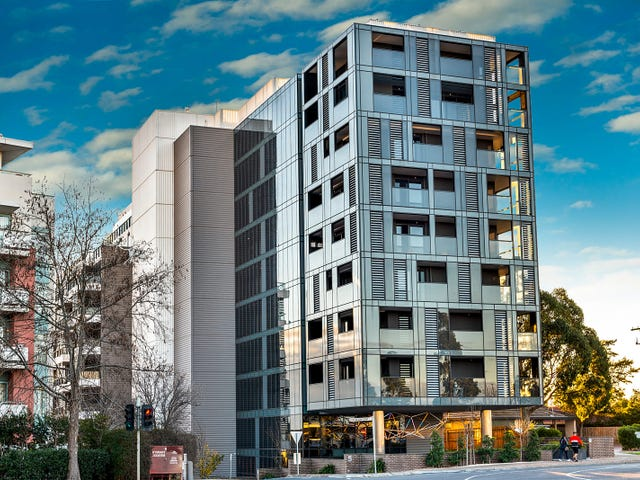 307/5 Sovereign Point Court, Doncaster, Vic 3108