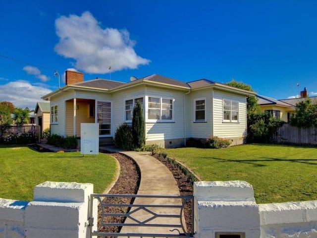 127 Oldaker Street, Devonport, Tas 7310